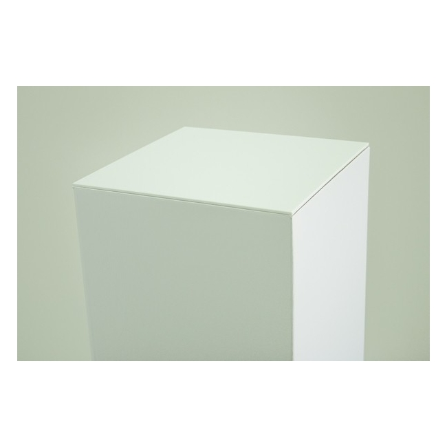 Plaque 4 mm plexiglas blanc, dimensions 30,2 x 30,2 cm (pour socle en carton)