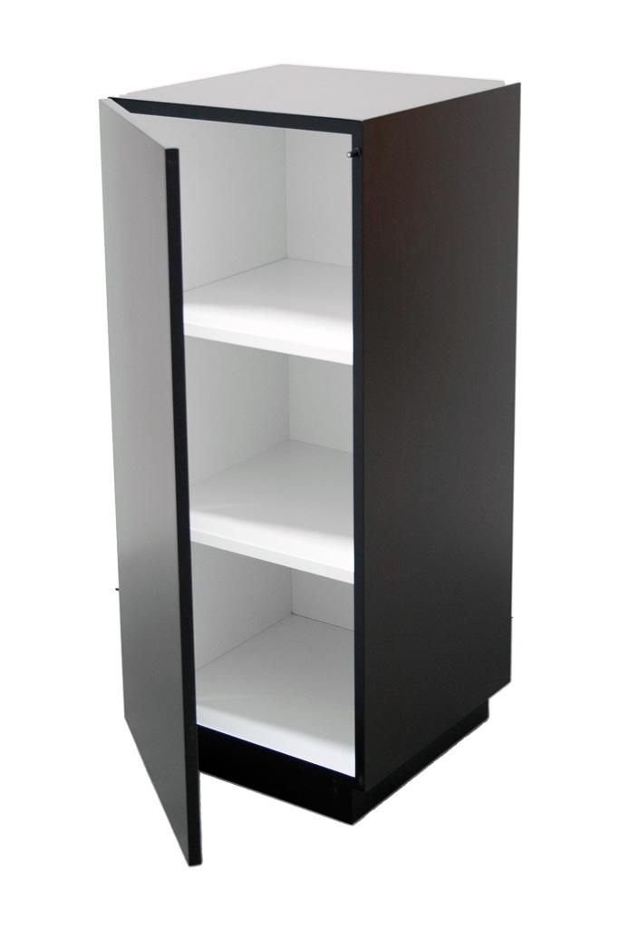 socle armoire noir